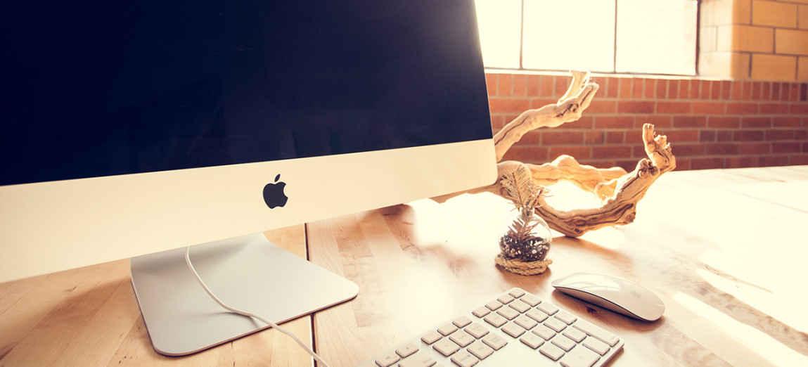 computer su scrivania